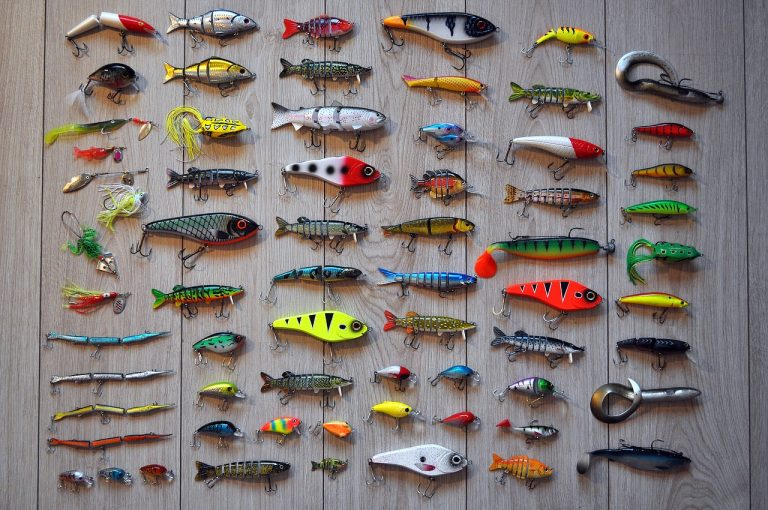 What Lures, What Fish?